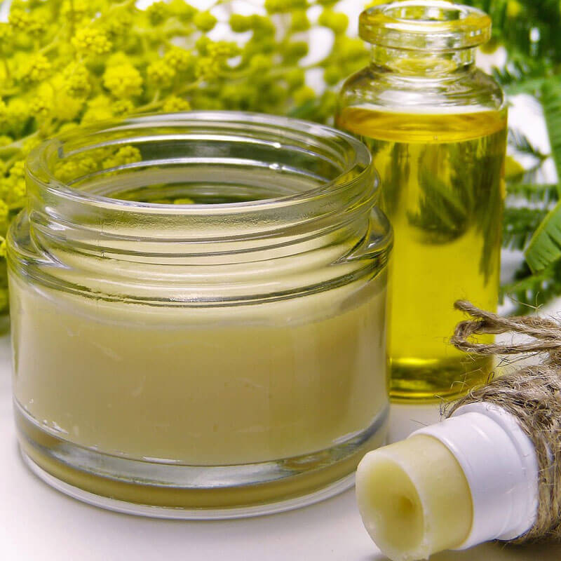 Best Essential Oils for Skin Care: Safe Remedies Ageless Complexions