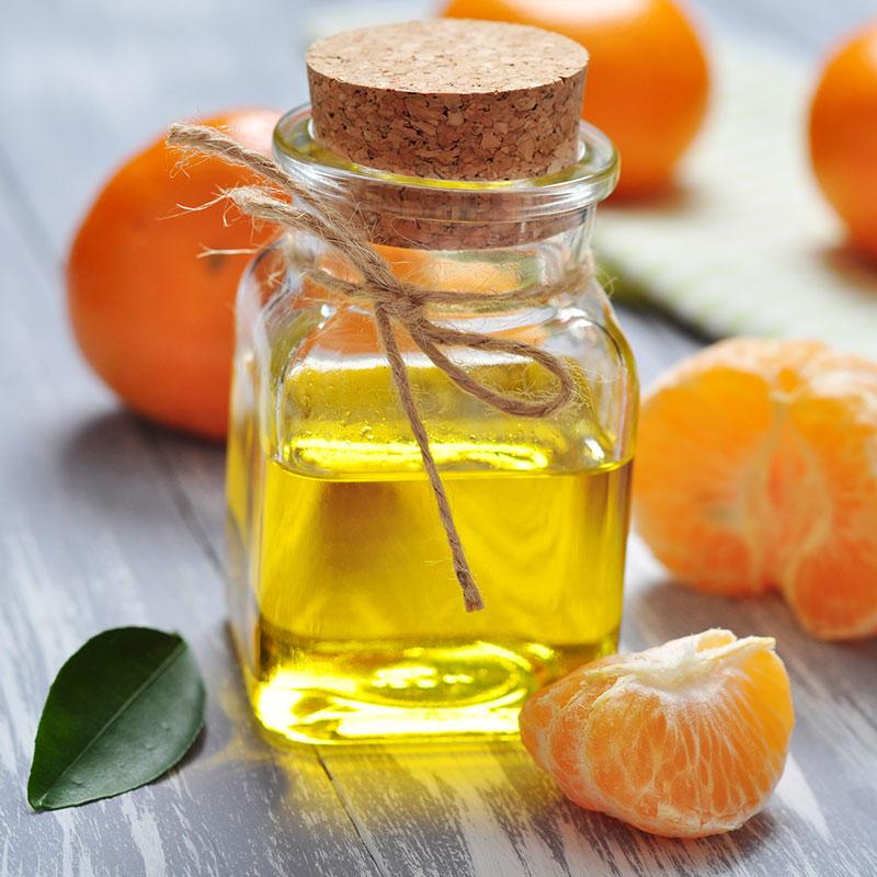 Essential Oils for Postpartum Depression: Mama Z's Joyful Recipe