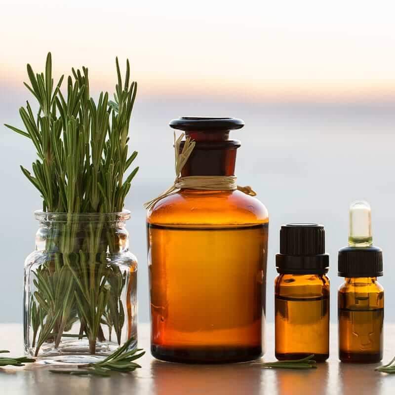 Rosemary Essential Oil Uses – 4 Great Benefits