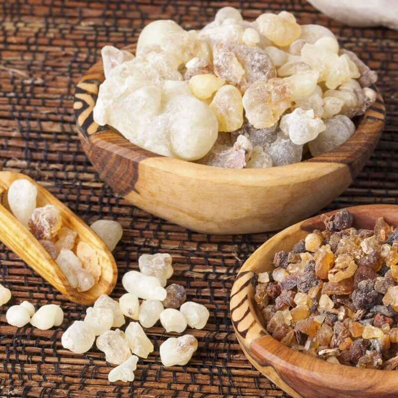 Frankincense Essential Oil Benefits – Ancient Healing for Mind, Body & Soul