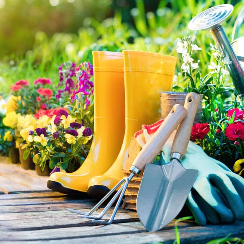 Gardener's Essential Oil Bug Spray