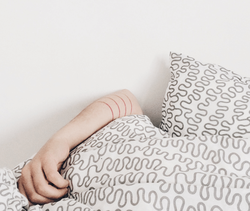 How to Use the Best Essential Oils for Sleep
