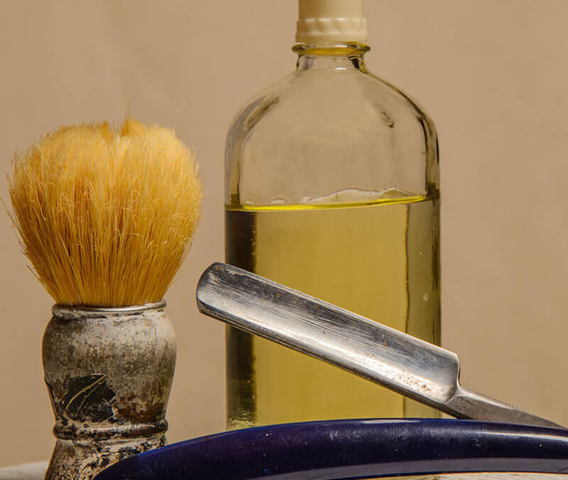 Homemade Aftershave with Essential Oils for Men