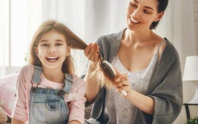 How To Make DIY Hair Detangler Spray