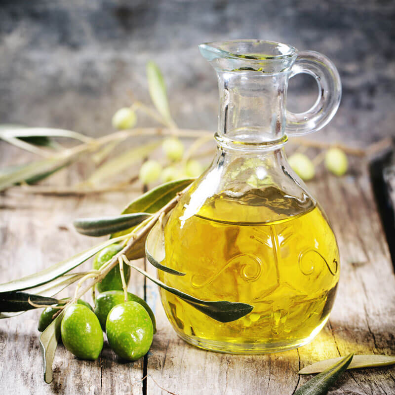 Olive Oil Health Benefits and How it Compares to Other Oils