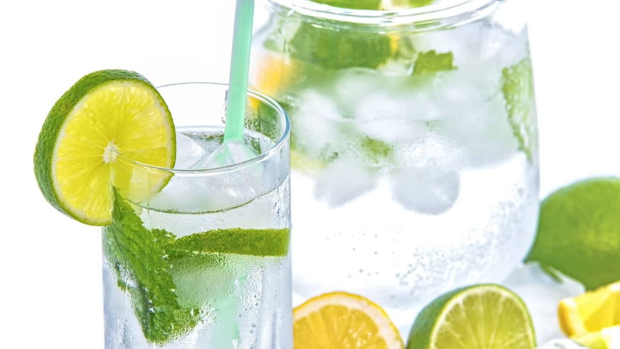 Essential Oil Detox Water Recipe